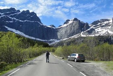 Lofoten, road to Nusfjord